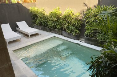 afternoon pool view