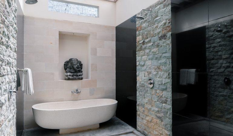beautiful villa bathroom with bath tub